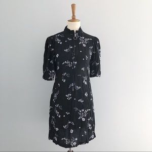 Who What Wear Black Floral Front Zip Dress Size S
